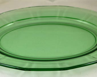 Fostoria, Fairfax No. 2375, Green 12.5 Inch Oval Platter