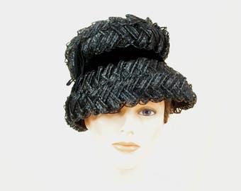 Vintage 60s Straw Black Bucket Hat, 1960s Hat, 60s Hat, Church Hat, Summer Hat, Black Straw Hat, Mod Hat, Mad Men Hat