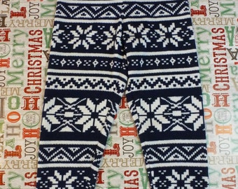 Holiday Sweater Knit Leggings - Navy and White Snowflakes - Size 5