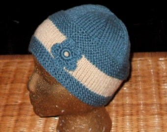 Hand knit cloche hat in blue and white Acrylic