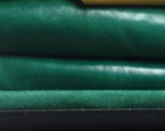 CLFE03.  Green Pull-Up Leather Cowhide