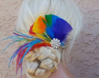 RAINBOW Feather Fascinator,Rainbow Hair Clip, Bridal Fascinator, Wedding Fascinator, Rainbow Wedding Head Piece, Rainbow Feather Fascinator