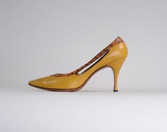 Vintage 1960s Mustard Snakeskin Shoes - Nicholas Ungar Stiletto High Heels - Size 6.5 A or 5