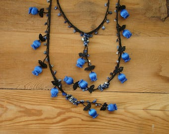 blue lariat necklace, crochet tulip
