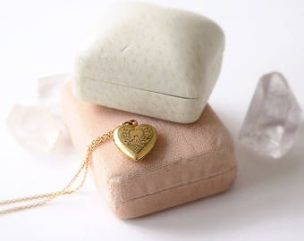 Vintage Heart Locket c.1940s
