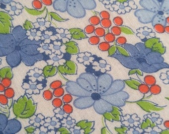 Vintage 1920's Batiste Fabric - Berries and Daisies on White Background  -Half Yard
