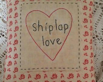 Prim Stitchery Shiplap Love Pillow ~OFG