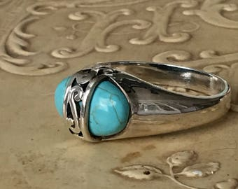 Sterling Silver & Turquoise Ring with Filigree Vintage Size 8
