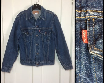 Vintage Levi's Denim Blue Jean Jacket 2 Pocket Size 36 Small Dark Wash made in USA #1910