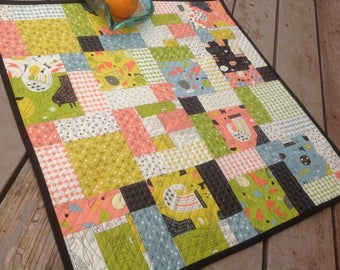 Mid Century Modern quilted table centerpiece