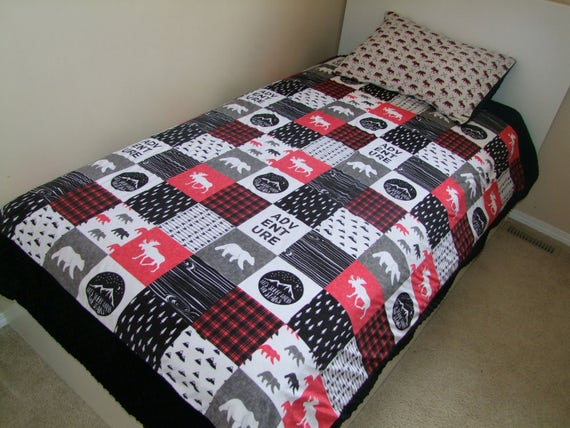 Twin Size Happy C&er Minky Blanket Toddler Bed Happy : quilt for toddler bed - Adamdwight.com