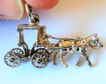 Large Royal Carriage Charm... Royal Coronation Jubilee... Vintage Sterling Silver