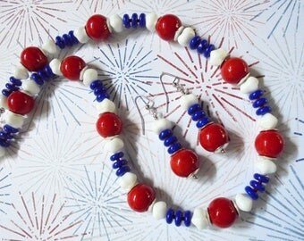 Red, White and Blue Patriotic Necklace and Earrings (3571)