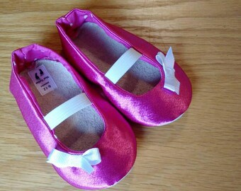 pink mary janes with bows for baby girls size 4/ 6-12 months
