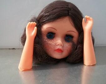 Vintage 3 Inch FibreCraft Calico Doll Head With Hands (Dark Brown Hair)