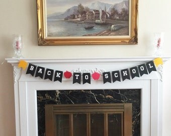 "6 Foot - Back to School Banner - 5"" Fall Apples and School Busses Bunting"