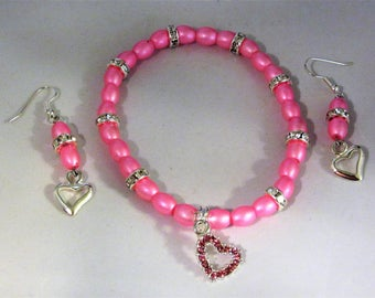 Pink Oval Glass Beads Stretchy Bracelet and Earring Heart Charm Set