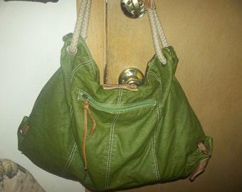 vintages leather hand bag