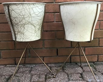 Pair of Vintage 50s Plastic Atomic Tripod Planters Retro Mid Century Modern Metal Stands Fifties