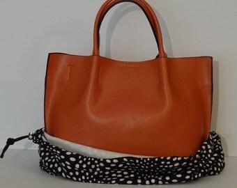 Black Dotty Medium BagBag