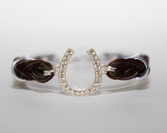 Center Bead Horse Hair Bracelet