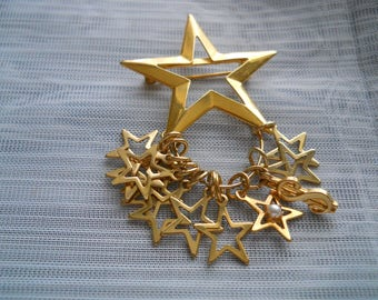 Gold Star Brooch/Pin - jewelry, vintage, collectible