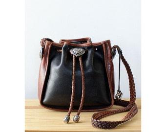 Brighton Purse • Black Leather Crossbody • Leather Crossbody Bag • Bucket Bag Leather • Brighton Bag • Black Leather Purse • 90s Purse  B741