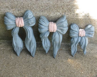homeco plaques bow wall hangings  set of 3 home interiors nursery decor pink and blue