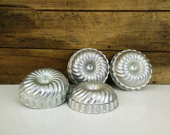Vintage Fluted aluminum molds, Jello, tins - set of 5