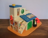 Vintage Fisher Price Play Family Sesame Street Club House