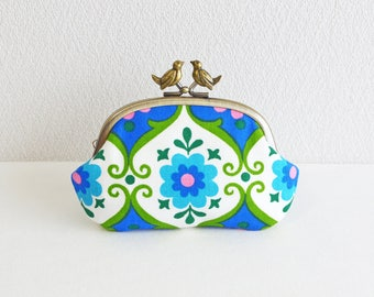 Vintage retro floral frame coin purse with birds - blue, white, green