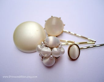 Vintage earrings hair slides - White pearlescent smooth satin beaded cluster pearl moonstone simple embellish decorative hair accessories