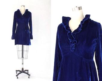 1960s Lorrie Deb Velvet Mini Dess // 60s Vintage Short Blue Long Sleeve Dress // Medium