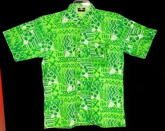 Exotic vintage 60's 70's green white geometric flowers hibiscus Hawaiian men shirt Tiki ethnic rockabilly Collection - M / L