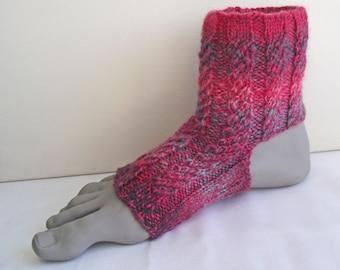 Yoga Socks, Dance Socks, Pilates Socks, Pink Grey Pedicure Flip Flop Socks, Merino & Cheviot Socks, Knitted Anklewarmers,  Handspun Knit