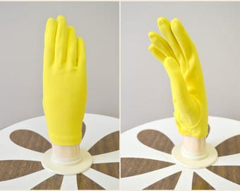 1960s Hansen Airloom Vivid Yellow Gloves