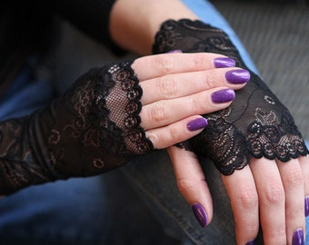 Lace Gloves in Black . Stretch lace, fingerless lace gloves.  Ready to ship. Free shipping!