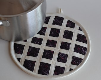 Blackberry Pie Hot Pad Pot Holder, kitchen fruit decor
