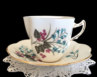 Rosina Tea Cup and Saucer, Vintage Teacup, 1950s Bone China, Swirled Floral Cup 13777