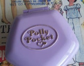 Vintage Polly Pocket diamond  compact miniature dollhouse apartment house mauve