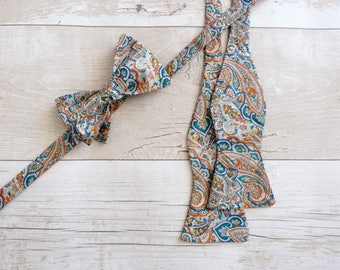 Paisley Bowtie - Teal Bowtie - Liberty Print Necktie - Green Wedding Bowtie - Traditional Bowtie - Gift for Fathers Day - Groomsmen Gifts