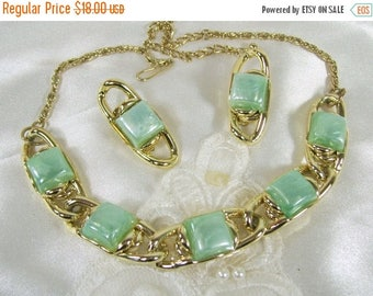 ON SALE Vintage Necklace Earrings Set Aqua Blue Frosted Lucite Thermoset Clip On