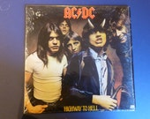 AC/DC Highway To Hell Vinyl Record 1979 SD 19244 Very Good Condition.