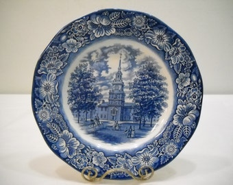 Vintage Liberty Blue Large Plate On Gold Stand Independence Hall FREE SHIPPING