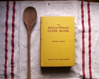 The American Woman's Cook Book - National Binding - Copyright 1946