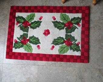 Vintage Holiday Tufted And Crafted Rug