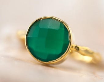 40 OFF - Green Onyx Ring Gold - Solitaire Stone Ring - Stackable Ring - Gold Ring - Round Stone Ring - Gift For Her