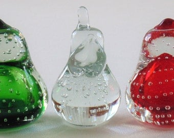 3 Hand Blown Controlled Bubble Glass Pears Green Clear Murano & Red BEAUTIFUL CONDITION