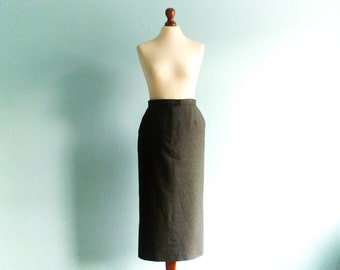 Vintage Pencil Skirt / Grey Gray / High Waisted / Fitted / Secretary Skirt / Classic Simple Minimal / Midi Lenght / small