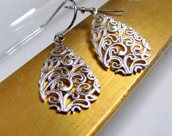 Filigree Teardrop Earrings Silver Earrings Wedding Earrings Bridal Earrings Wedding Earrings Silver Filigree Earrings Bridesmaid's Gift